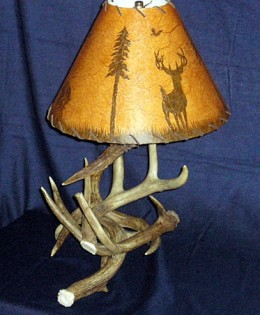 Whitetail Table Lamp
